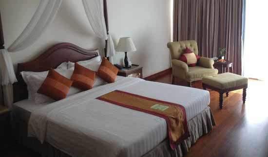 guest friendly hotels siem reap angkor palace resort