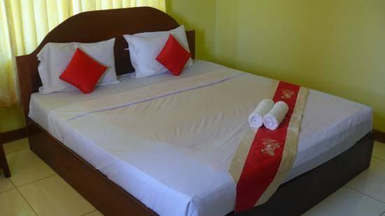 guest friendly hotels siem reap side walk hotel