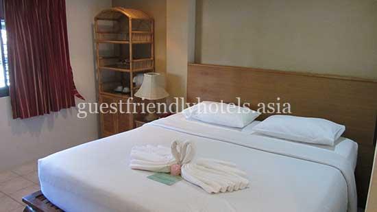 guest friendly hotels patong summer breeze