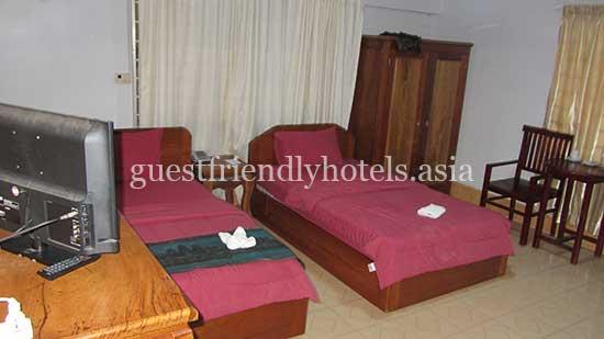 guest friendly hotels siem reap angkor honely villa