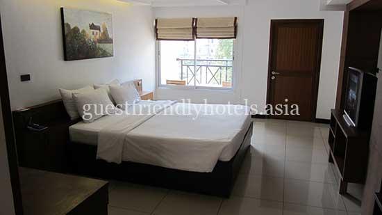guest friendly hotels pattaya baywalk residence