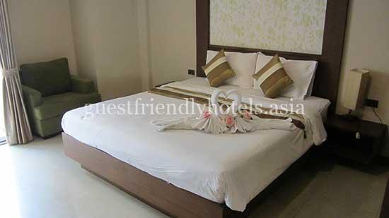 guest friendly hotels pattaya honey inn